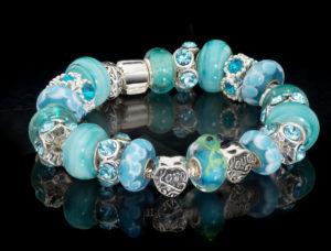 custom jewelry bracelet